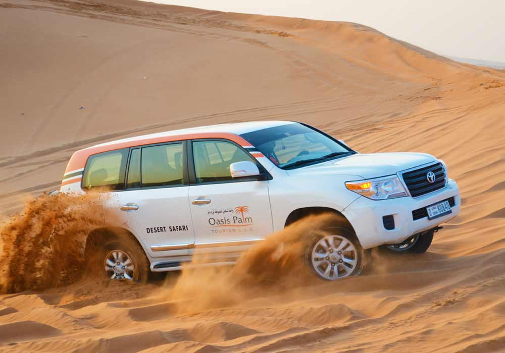 Desert Dune Bashing - Day Out Dubai