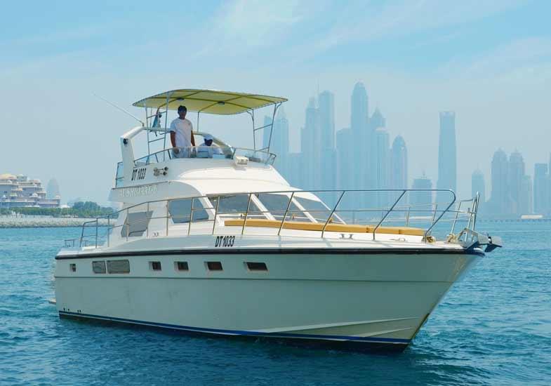 Trip in 45 Feet Yacht in Dubai Marina
