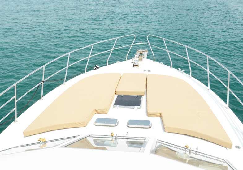 Sailing in Dubai on 45 Feet Charter Yacht