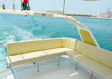 Relaxing Outdoor Sitting Area Of 45 Feet Yacht