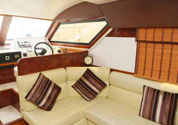 Luxurious 45 Feet Yacht Sports Boat