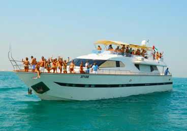 Luxurious 85 Feet Yacht Sports Boat