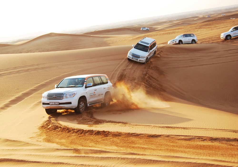 Dune Bashing Dubai - Day Out Dubai