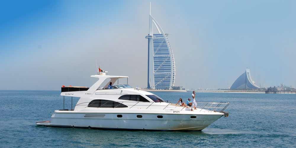 42 Feet Luxury Yacht