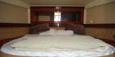 Relaxing Indoor Sitting Area Of 37 Feet Sport Yacht